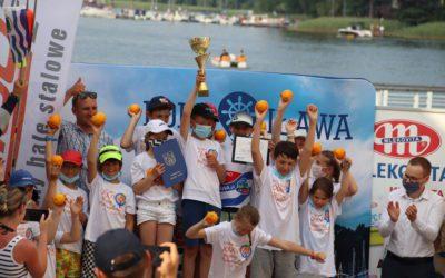 Skrzynka pełna pomarańczy została w Iławie! Brawo młodzi żeglarze MOS-u!